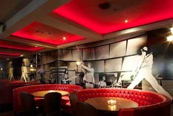El topic del emprendedor / empresario - Página 2 Rolling-stone-restaurant-and-lounge