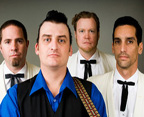 A-cashd-out-christmas-belly