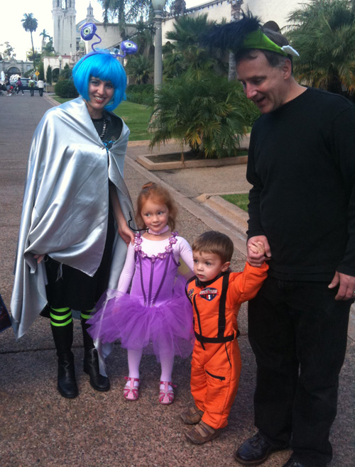 Halloween-family-day
