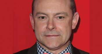 rob-corddry-featured