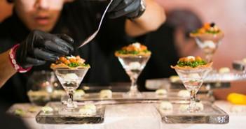 1PokeFestival_ChefPrepping