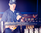 mike_hess_pouring
