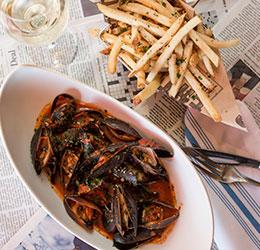 EATS-Kitchen-&-Bar-Mussels