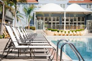 Lafayette Hotel, Swim Club & Bungalows