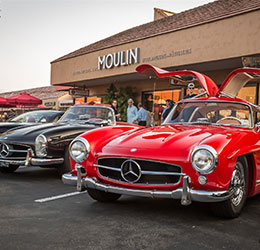 Moulin Cars and Cafe
