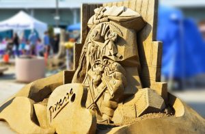1us-sand-sculpting