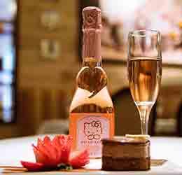 hello-kitty-wine-pairing-menu-at-antonello-dessert-with-hello-kitty-sweet-wine-02