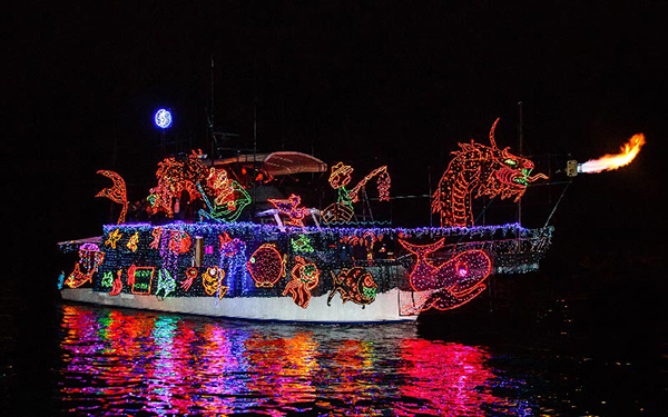 newport-beach-boat-parade