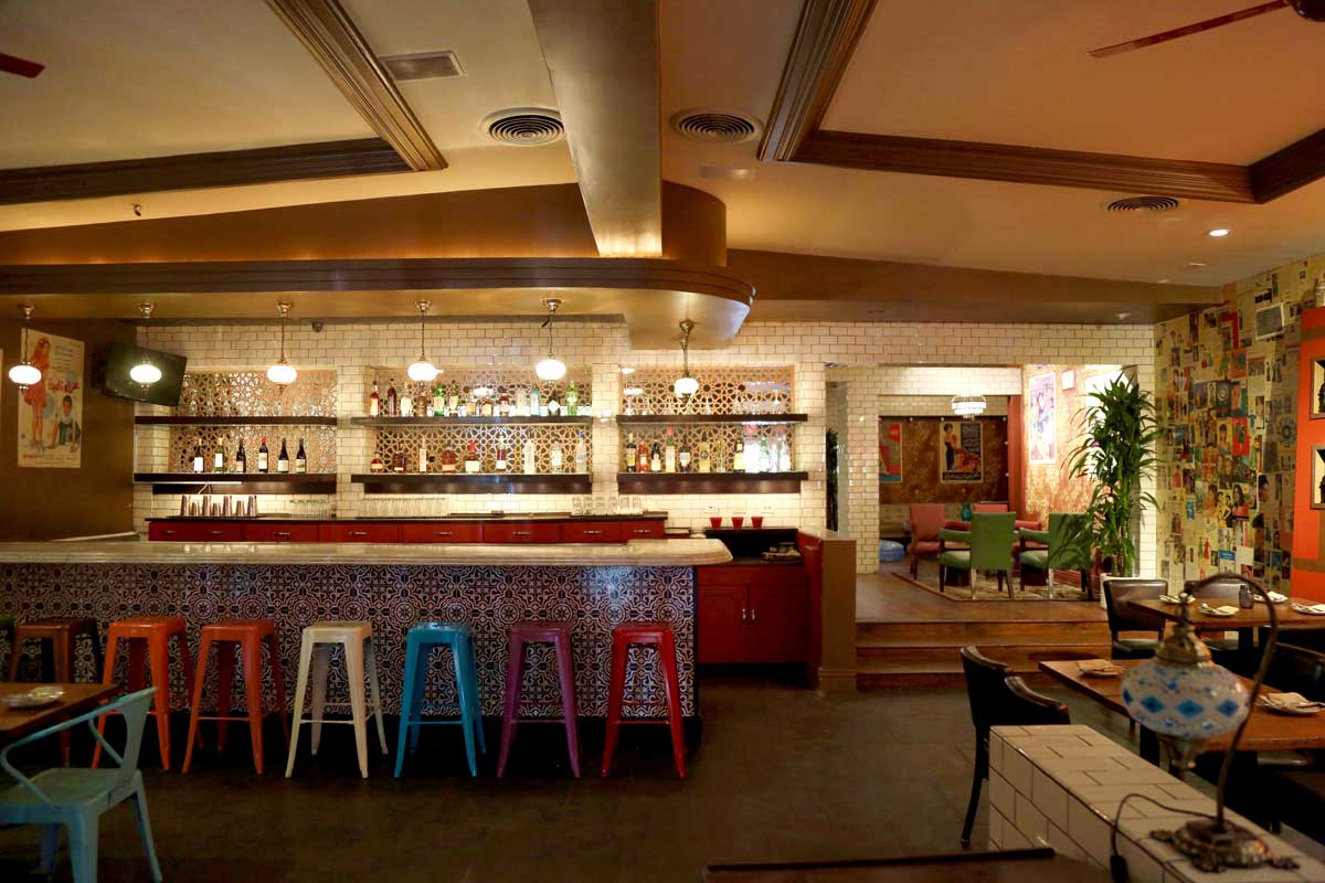 La dining los angeles restaurants to eat and drink at for Best private dining rooms los angeles