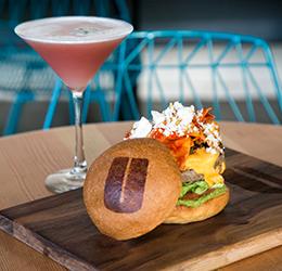 Cindy's-Casa-Burger-and-Rande's-Spicy-Margarita