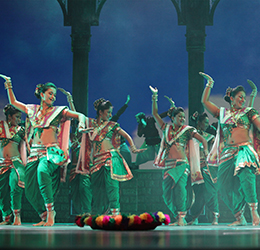 Taj-Express-The-Bollywood-Musical-Revue-Courtesy-of-CAMI-5_2