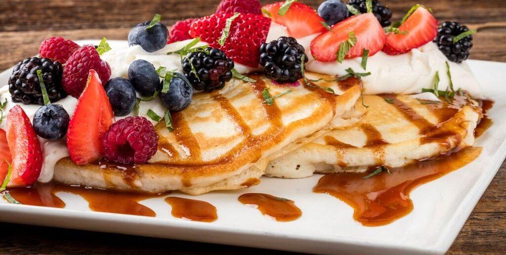 Red O La Jolla Cajeta Pancakes