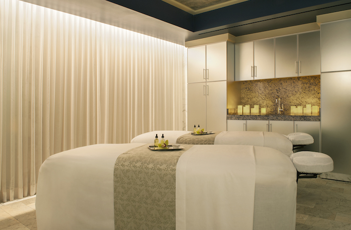 Couples Massage room at The Peninsula Spa | Luxury Spas in Beverly Hills