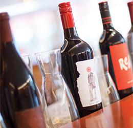 Wine-Festival-in-the-Backyard