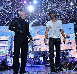 Enrique-and-Pitbull-by-Theo-Wargo