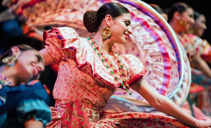 Fiesta Mexicana: Feliz Navidad photo by Luis Luque