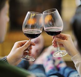 Wine-Tasting-at-Pascal