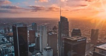 Experience breathtaking views of Los Angeles 70 floors above DTLA at OUE Skyspace LA.