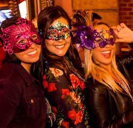 Mardi Gras Beads, Bites And Booze Tour