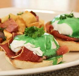 Oak-Grill-green-eggs-benedict