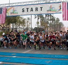 Tustin-Hangar-Half-Marathon-&-5K-photo-by-JRose-Event-Photography