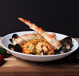 Chile-de-Arbor-Seafood-Pasta-Lighthouse Bayview Cafe