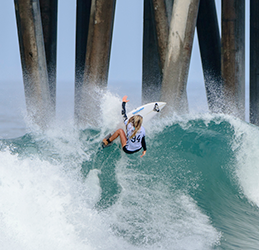 VANS U.S. Open of Surfing photo by Benjamin Ginsberg.