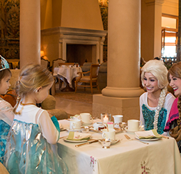 Princess-Tea-&-Story-Time-photo-courtesy-of-Pelican-Hill