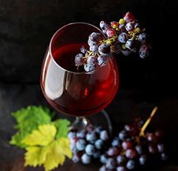Wine-photo-by-Roberta-Sorge-on-Unsplash
