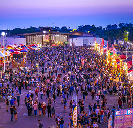 OC-Night-Market-photo-by-John-Truong