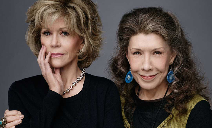 Jane-Fonda-and-Lily-Tomlin-photo-by-Justin-Stephens-Netflix