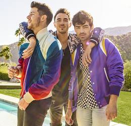 Jonas-Brothers-photo-by-Peggy-Sirota