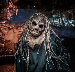 Knott's-Scary-Farm-Scarecrow-photo-courtesy-Knott's-Berry-Farm