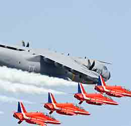 The-Great-Pacific-Airshow-photo-by-Royal-Air-Force-Red-Arrows
