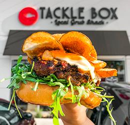 Laser-Burger-Pop-Up-photo-by-Kathleen-O'Heron-@heykatbabe-on-Instagram