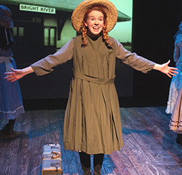 'Anne-of-Green-Gables'-2015-production-photo-by-Doug-Catiller,-True-Image-Studio