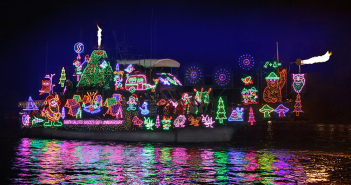 Newport-Beach-Christmas-Boat-Parade-photo-courtesy-Visit-Newport-Beach