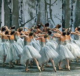 American-Ballet-Theatre's-'The-Nutcracker'-photo-by-Gene-Schiavone