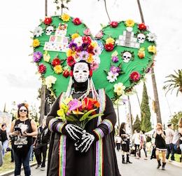 Dia de Los Muertos at Hollywood Forever Cemetery