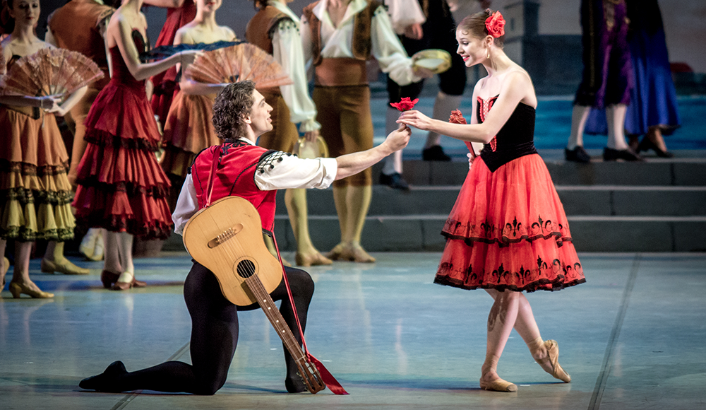 "Mikhailovsky-Ballet's-""Don-Quixote""-photo-by-Jack-Devant"