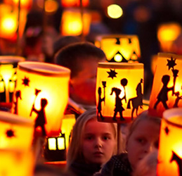 St.-Martin's-Lantern-Fest-and-ParadeSt.-Martin's-Lantern-Fest-and-Parade-photo-courtesy-Vantage-Strategic-Marketing