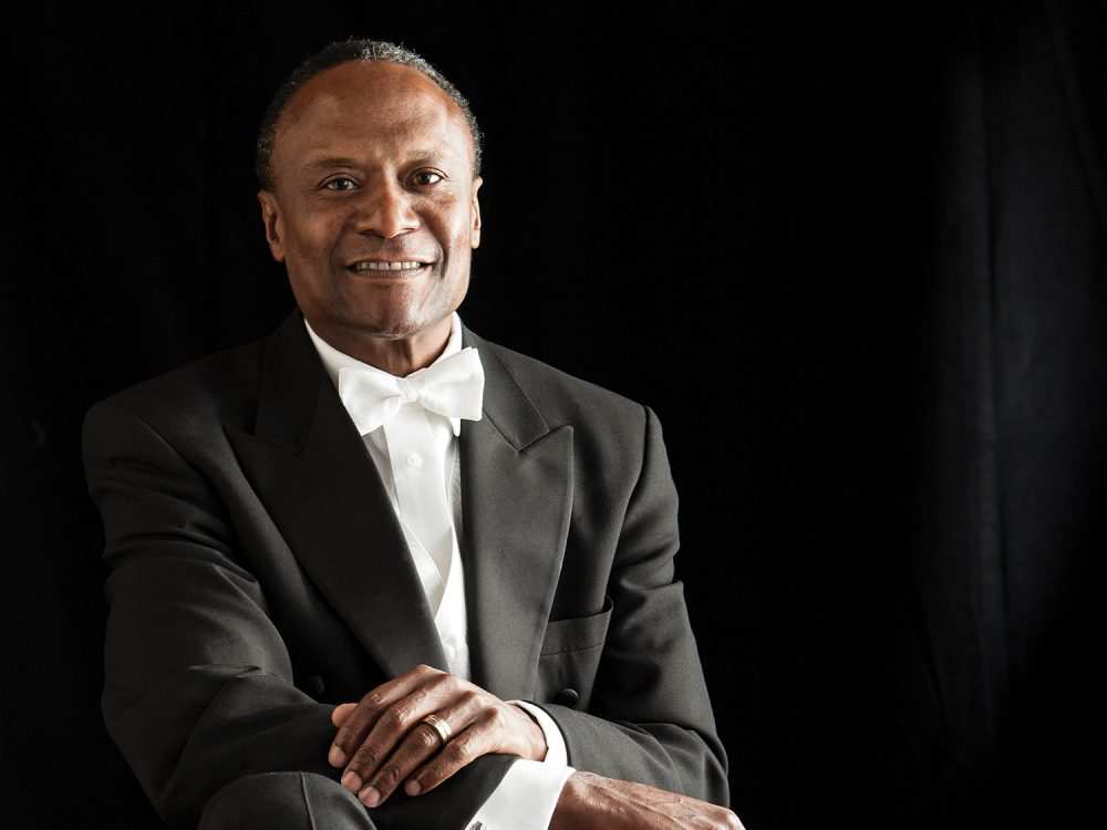 Headshot of Hollywood Bowl's principal conductor Thomas Wilkins photo by Bill Sitzmann